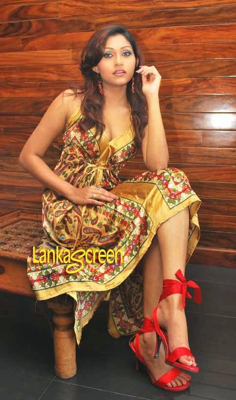 Aruni Rajapaksha Feet