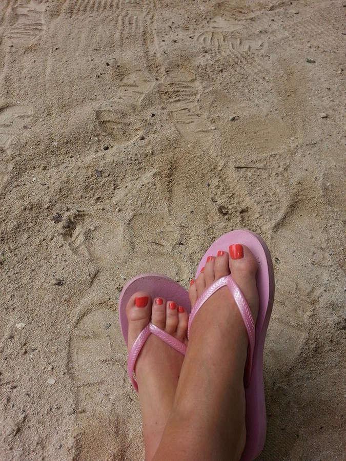 Jacqui Childs Feet