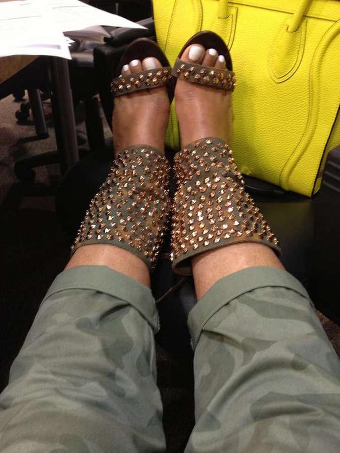 Shirley Strawberry Feet