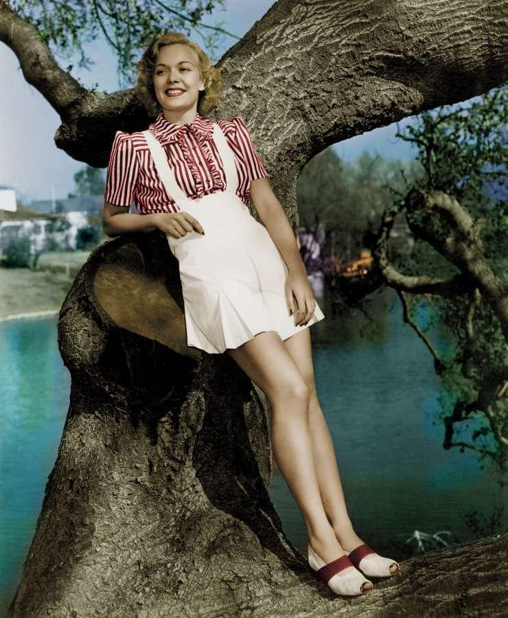 Jane Wyman Feet