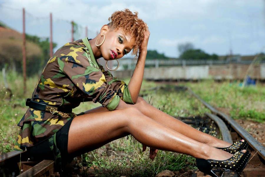 Stella Mwangi Feet