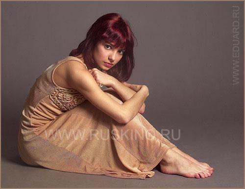 https://celebrity-feet.com/wp-content/uploads/cdn2328/svetlana-svetikova-feet-6-images-006.jpg