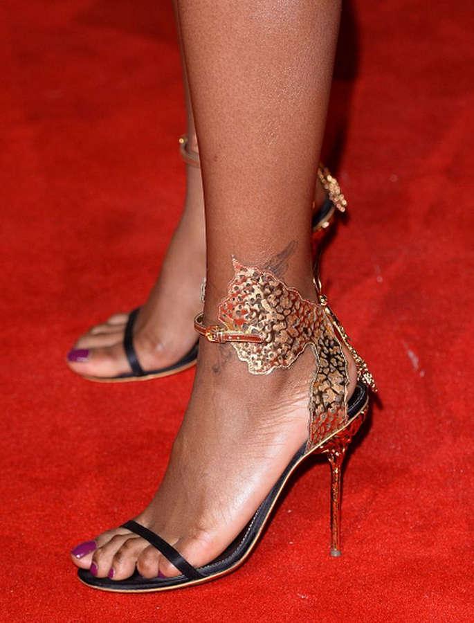 Alexandra Burke Feet
