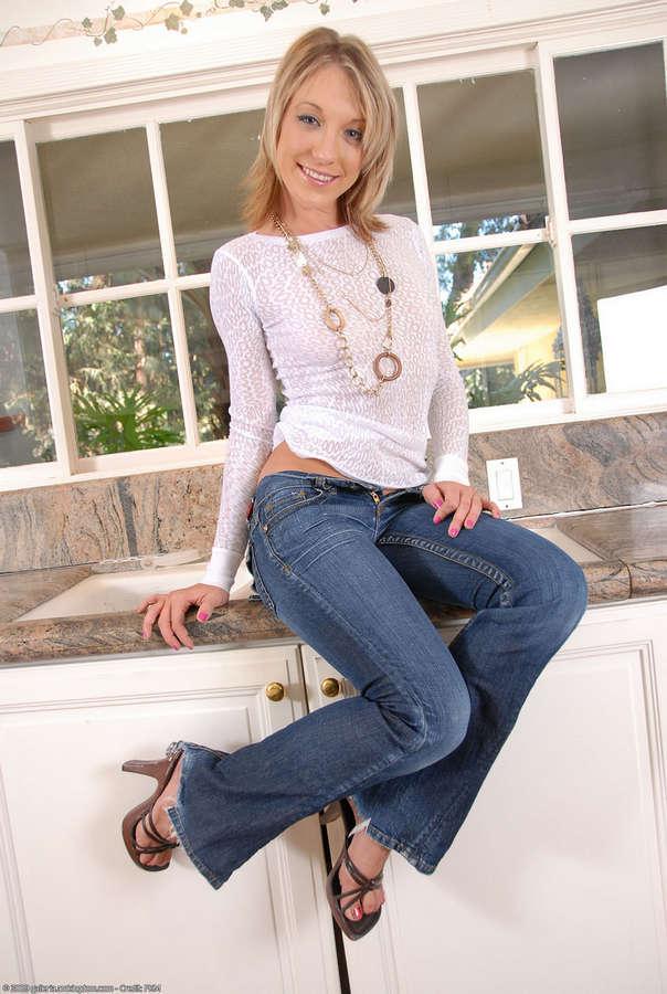 Amy Brooke Feet