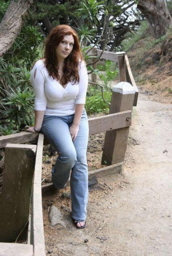 Lisa Leuschner Feet