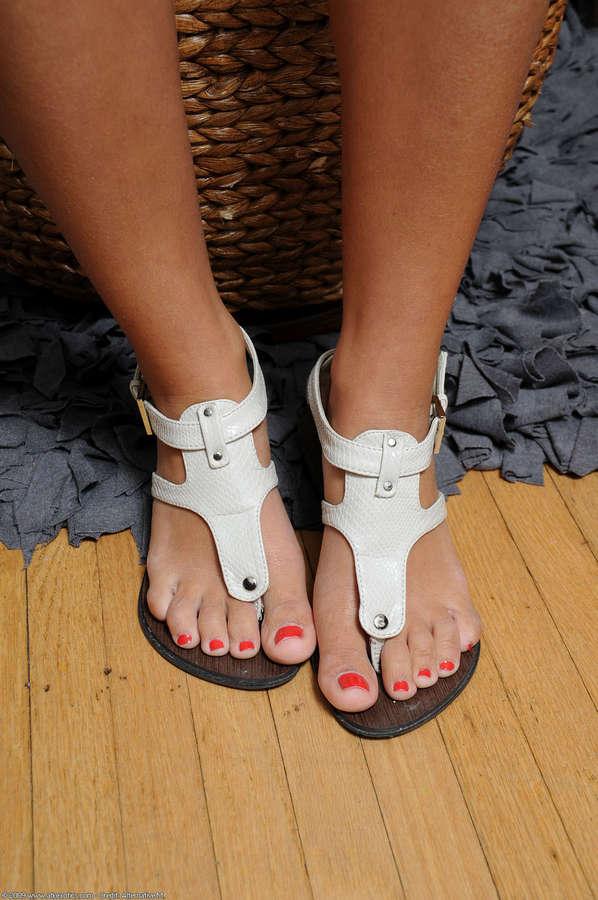 Nicole Grey Feet