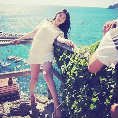 Hye Kyo Song Feet
