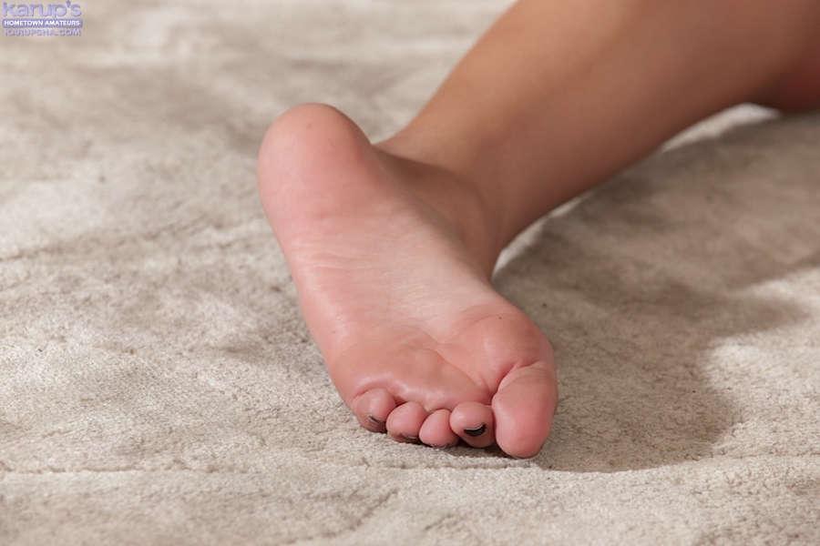 Ariana Marie Feet