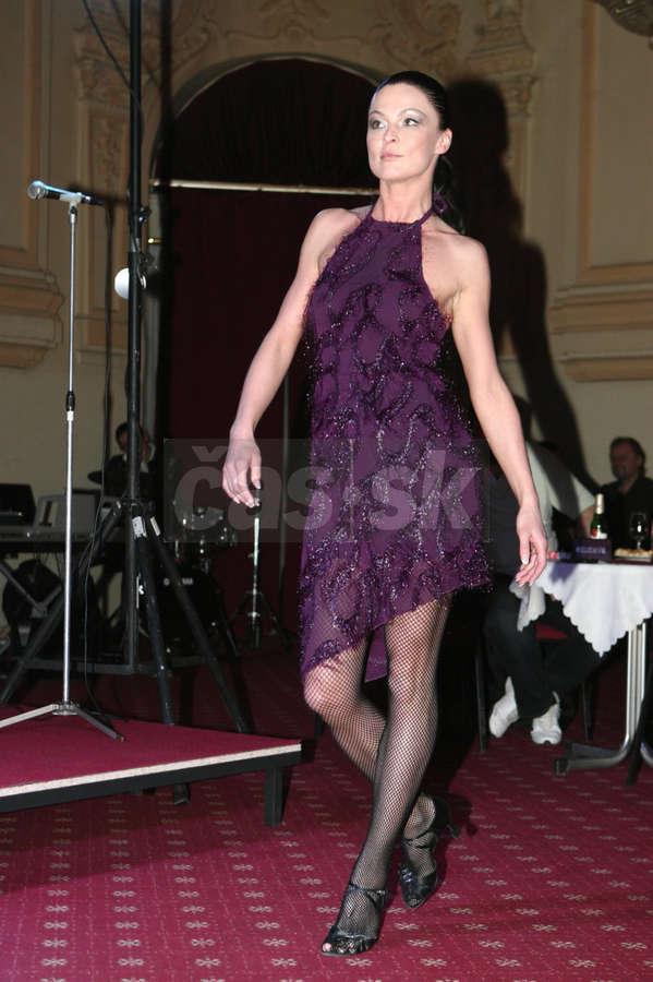 Elena Podzamska Feet