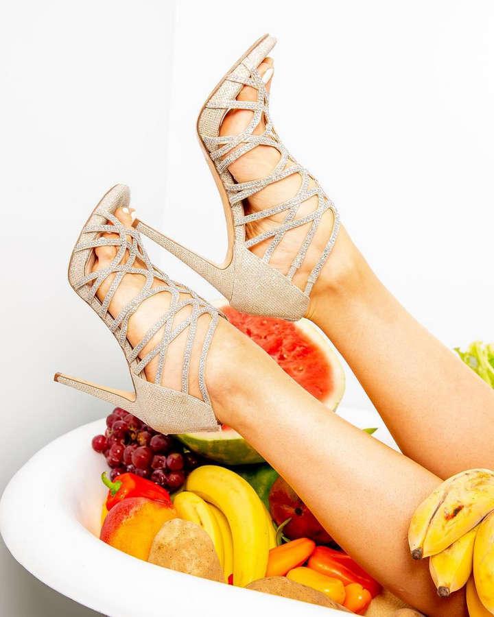 Setareh Khatibi Feet