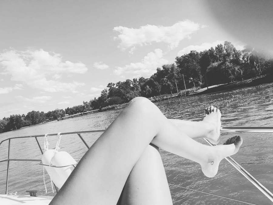 Jimena Butilengo Feet
