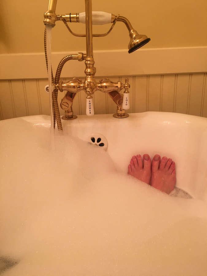 Molly C Quinn Feet