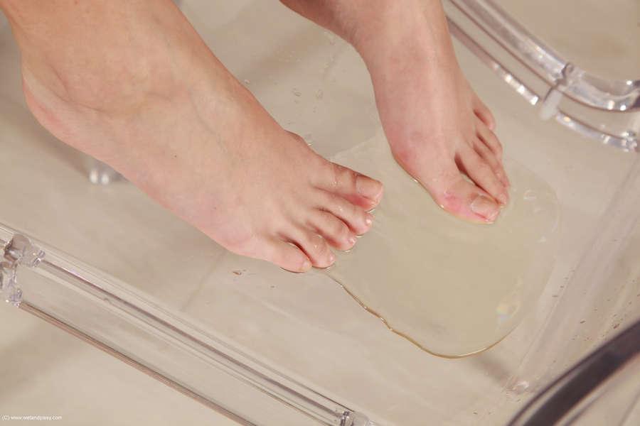 Lady D Feet
