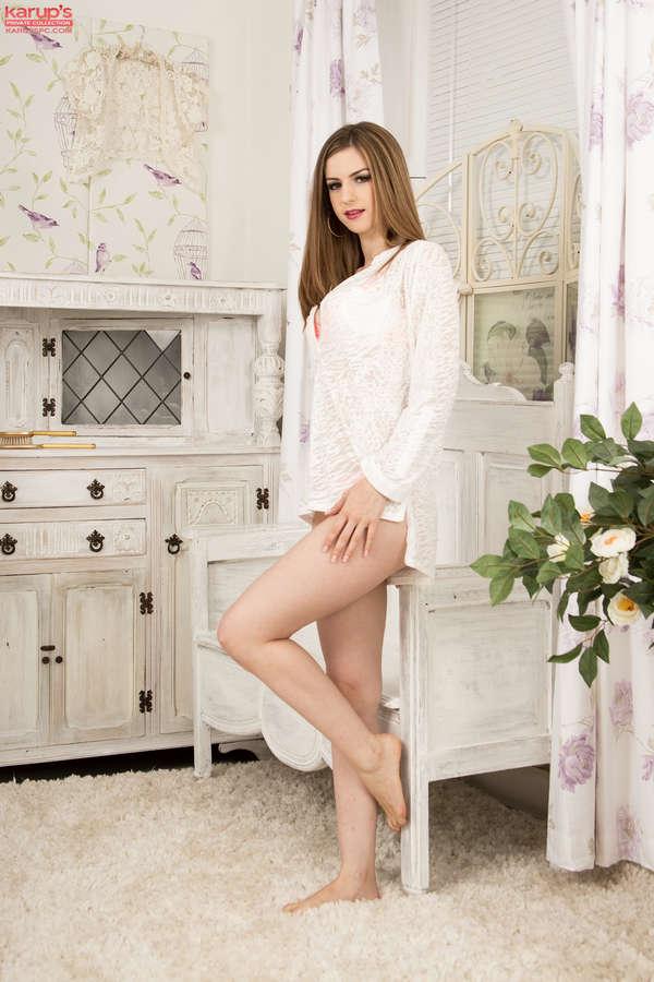 Stella Cox Feet