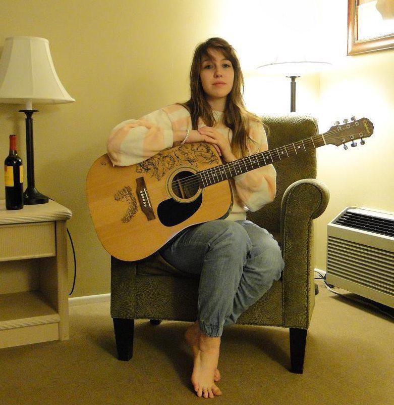 Jessica Lynn Verdi Feet