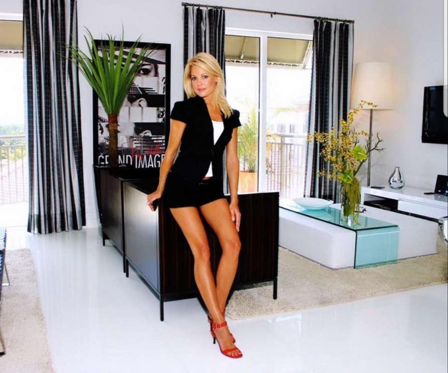 Lisa Varga Feet