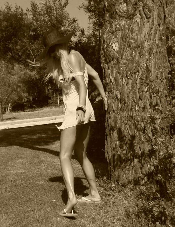 Valentina Tsepanou Feet