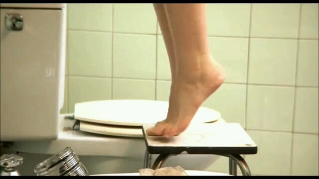 Maria Valverde Feet