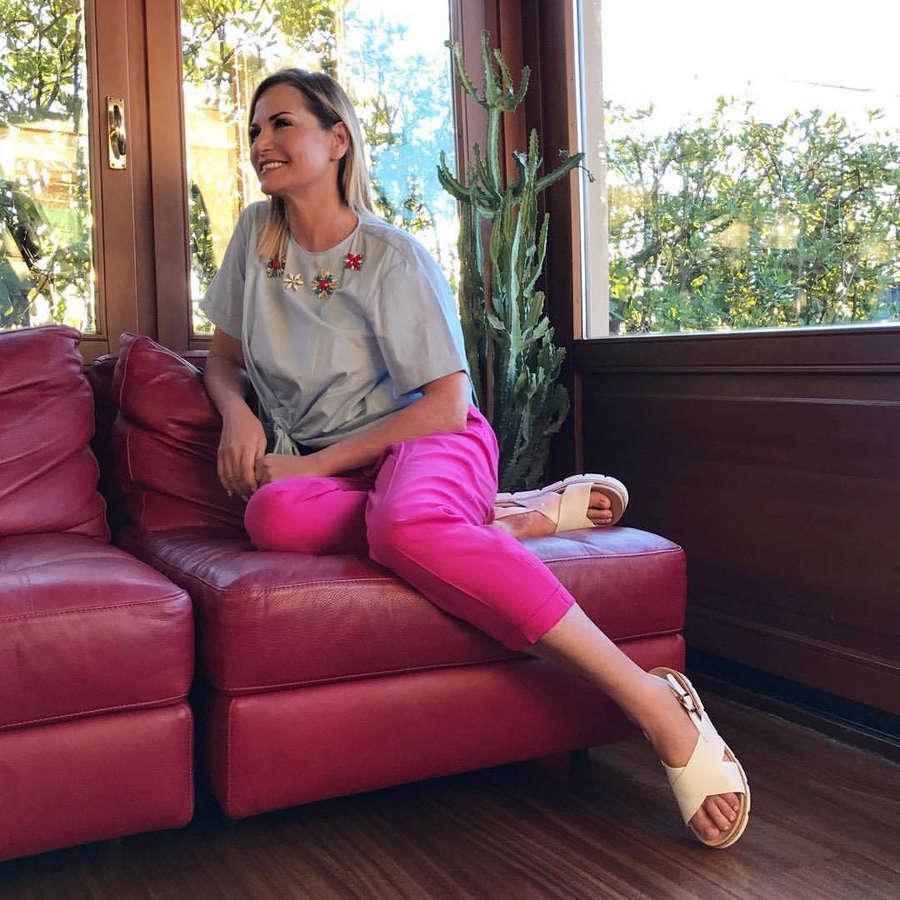 Simona Ventura Feet