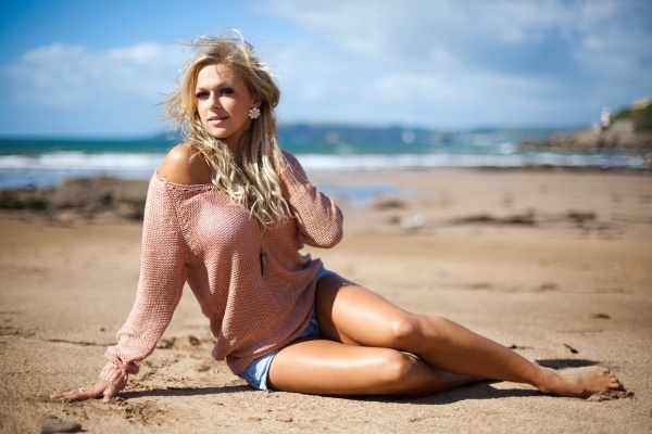 Tonia Couch Feet