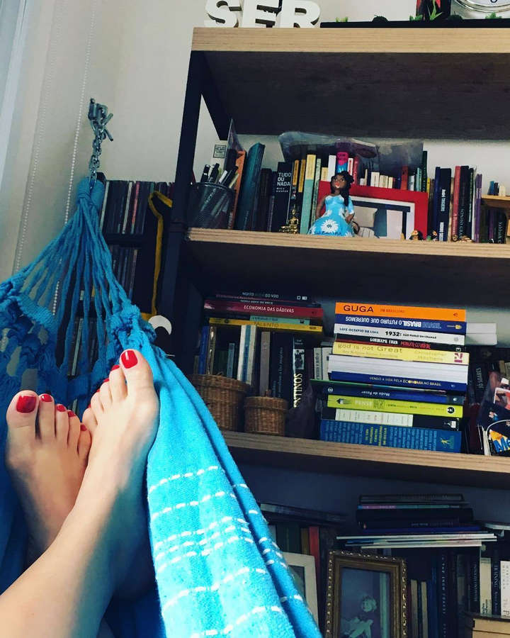 Denise Barbosa Feet