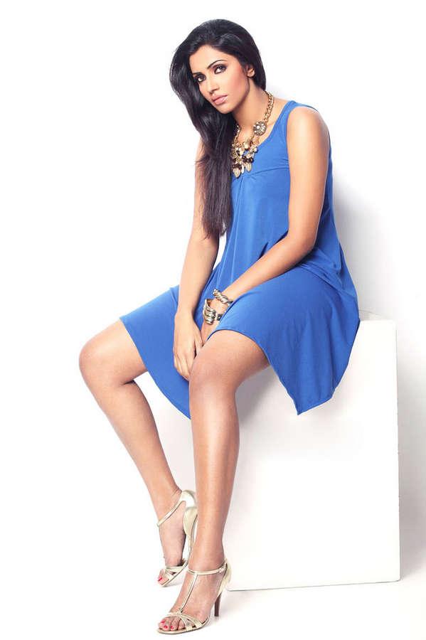 Akshharaa Gowda Feet