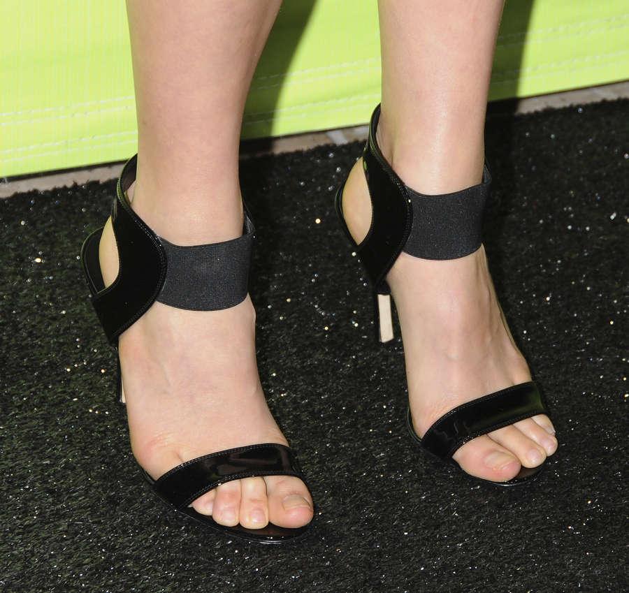 China Chow Feet