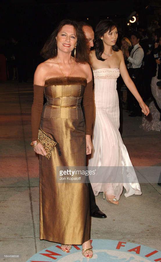 Jacqueline Bisset Feet (31 photos) - celebrity-feet.com