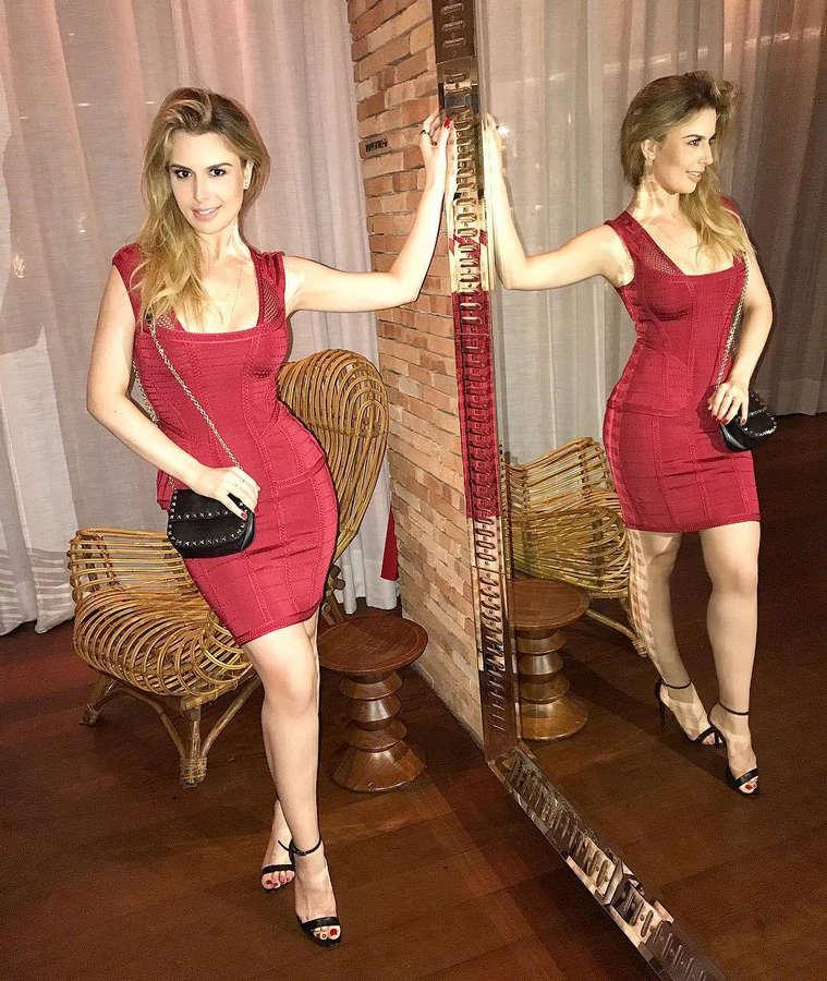 Fernanda Keulla Feet