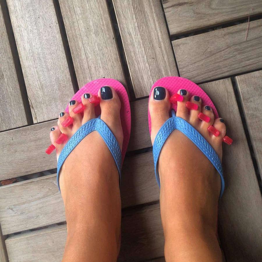 Nancy Paradeisanou Feet