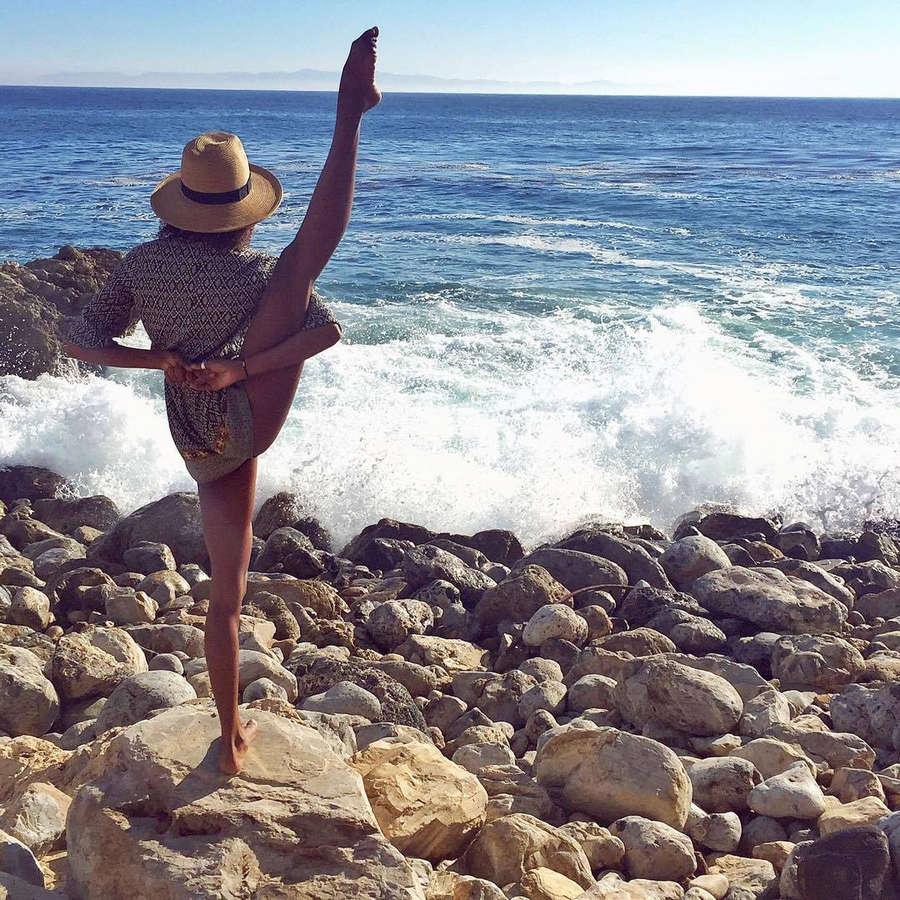 Danielle Acoff Feet