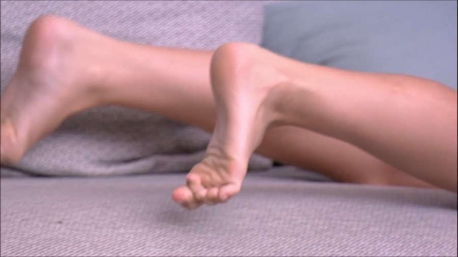 Jessica Mueller Feet