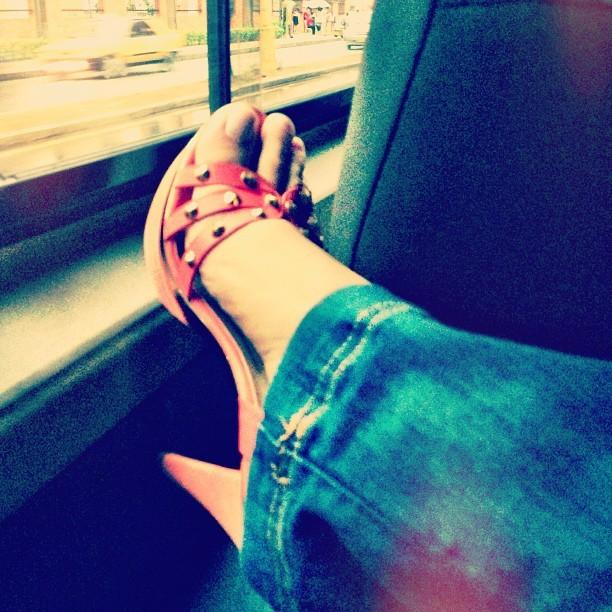 Carolina Cruz Feet