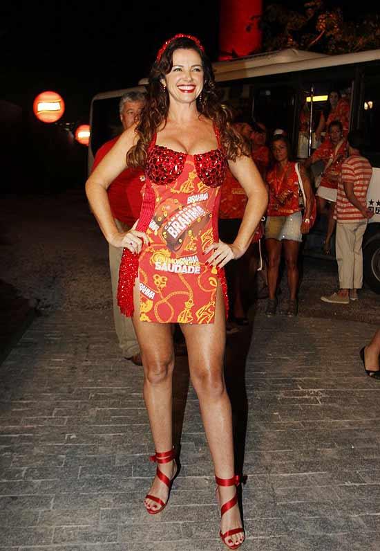 Luma De Oliveira Feet
