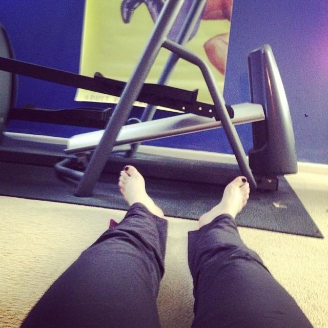 Carrie Keagan Feet