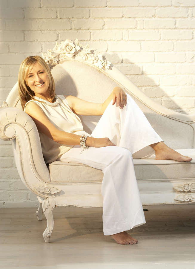 Fiona Phillips Feet