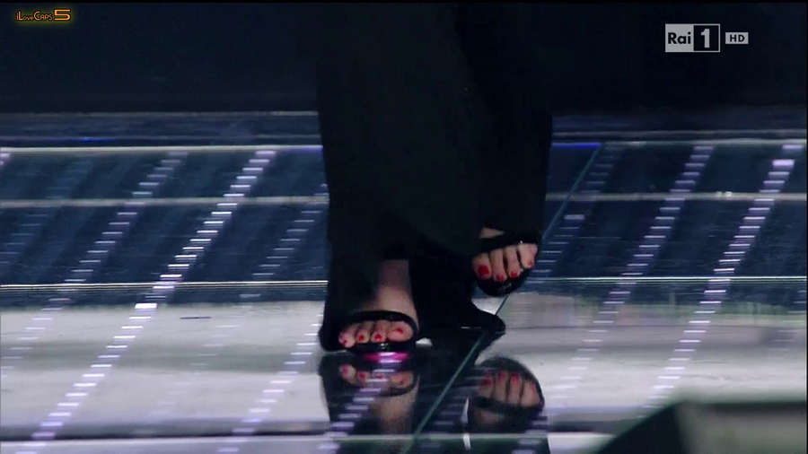 Annalisa Scarrone Feet