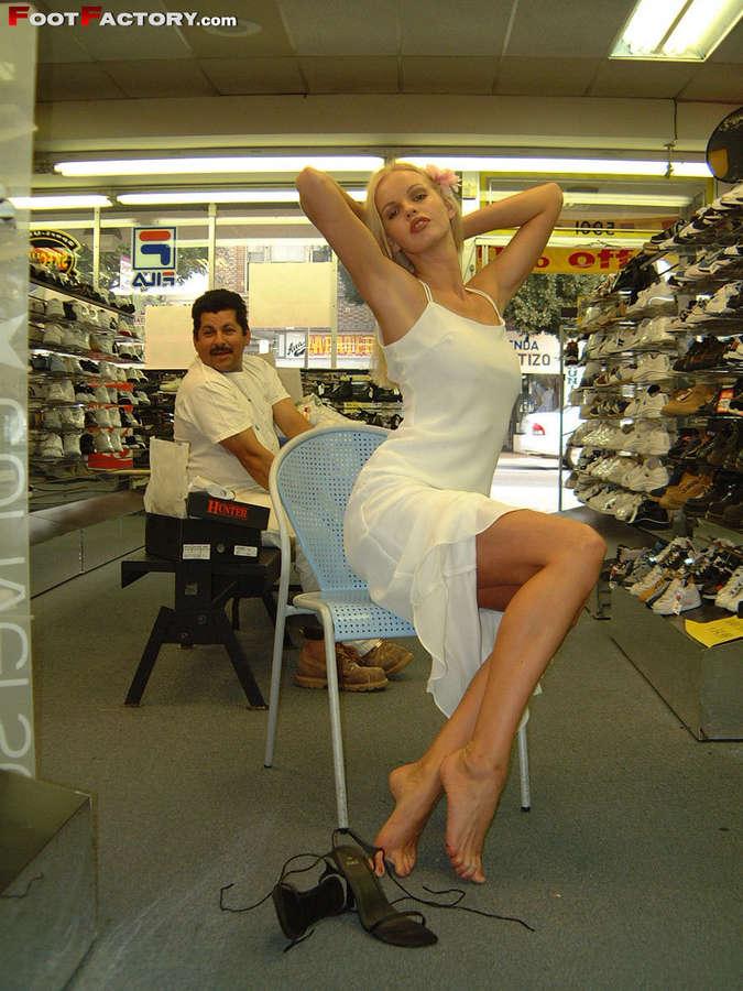 Lorraine Sisco Feet