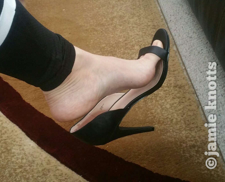Jamie Knotts Feet