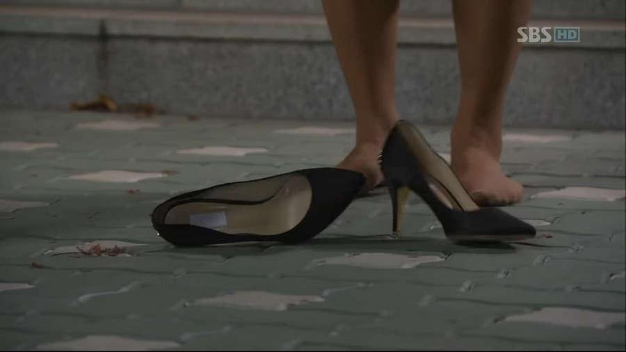 Hee Jung Kim Feet