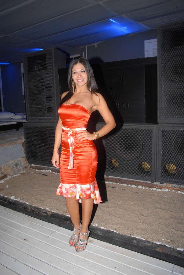 Mariana De Melo Feet