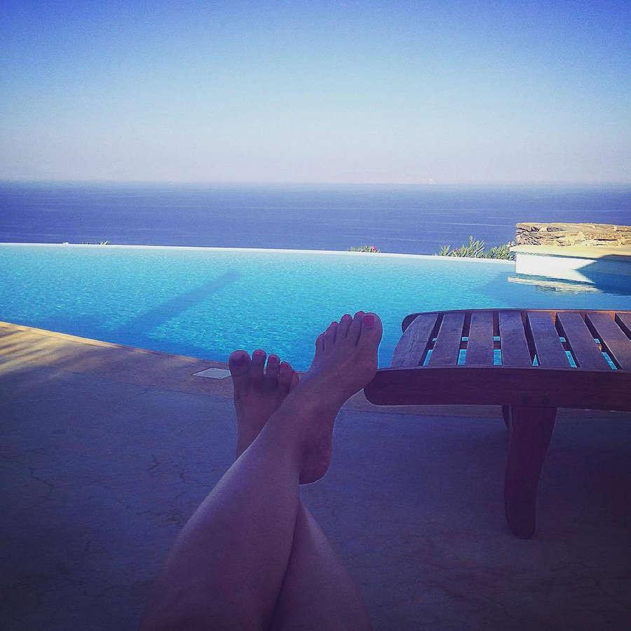 Alexandra Tavoulari Feet