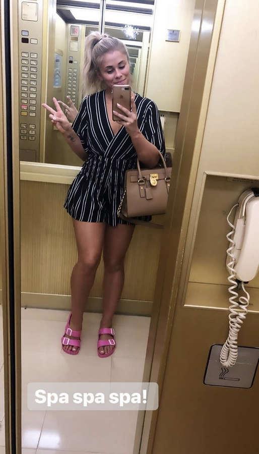 Paige VanZant Feet