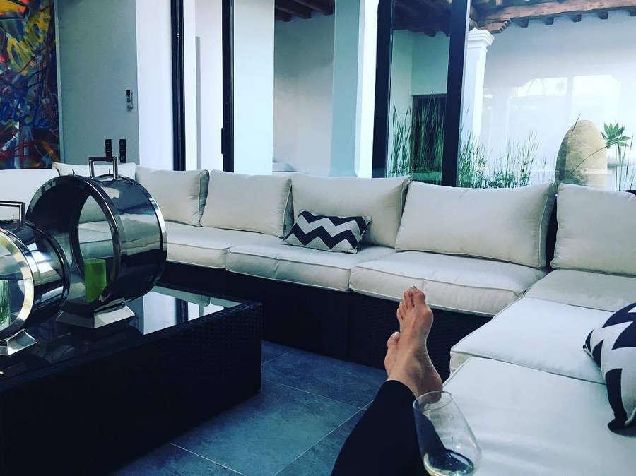 Noelle Reno Feet