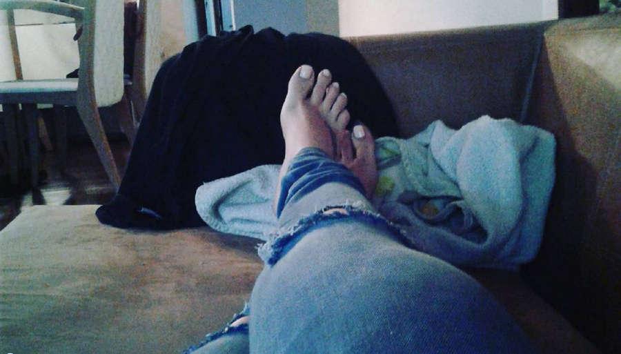 Simony Feet