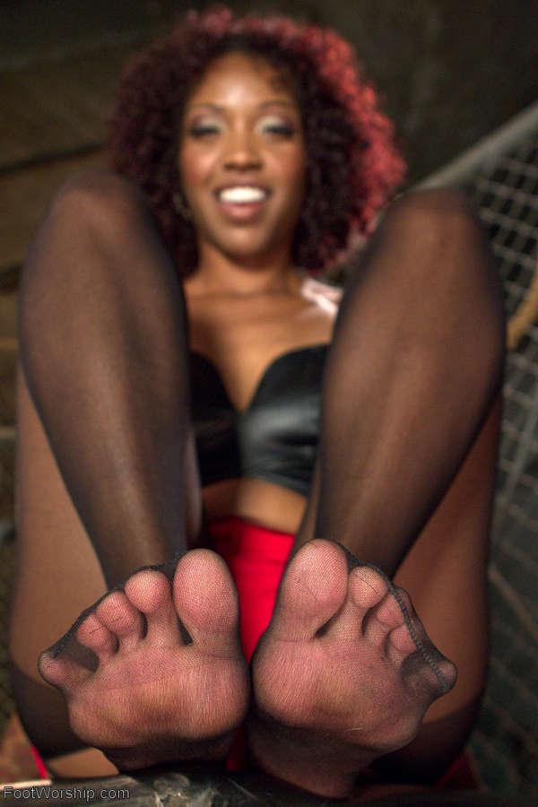 Lotus Lain Feet