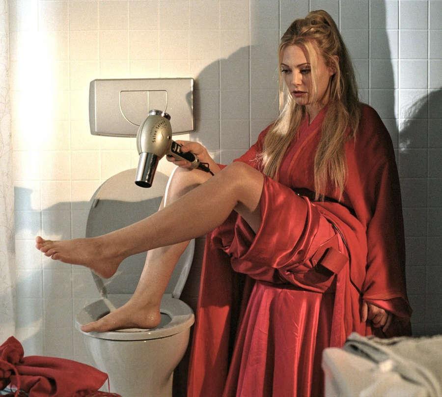 Eva Hassmann Feet