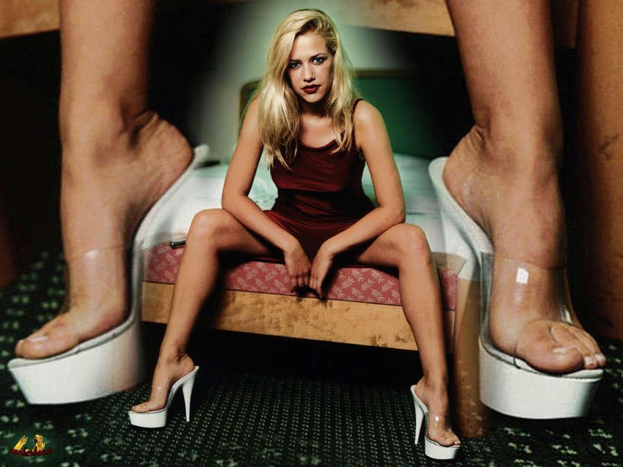 Alexandra Neldel Feet
