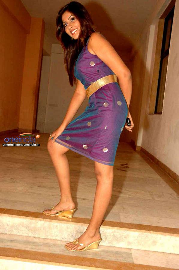 Madhu Shalini Feet