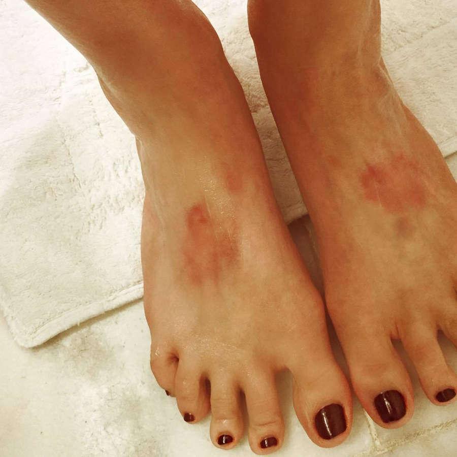 Nicole Helen Feet